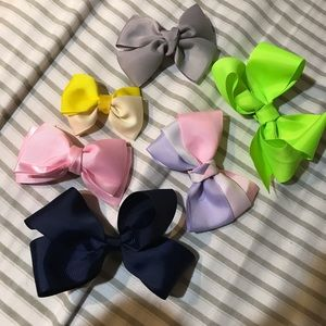 Bundle handmade bows
